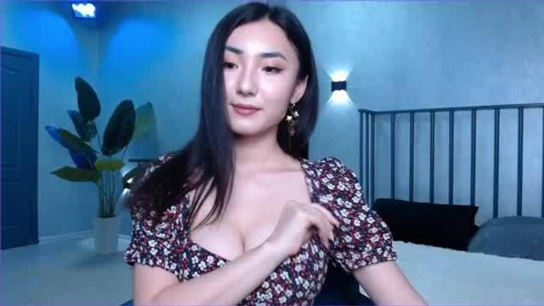 DeiriKuon cam girl