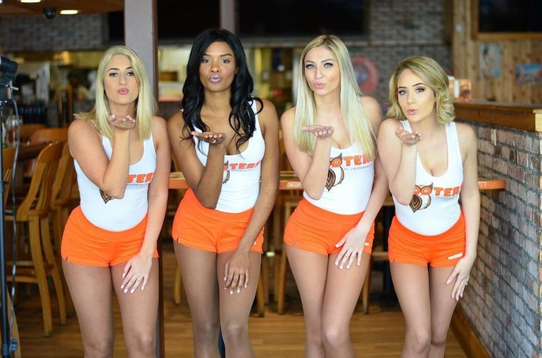 girl from hooters