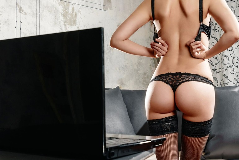legal free adult only web cams